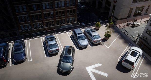 全新沃尔沃XC60 随时随地 轻松泊车