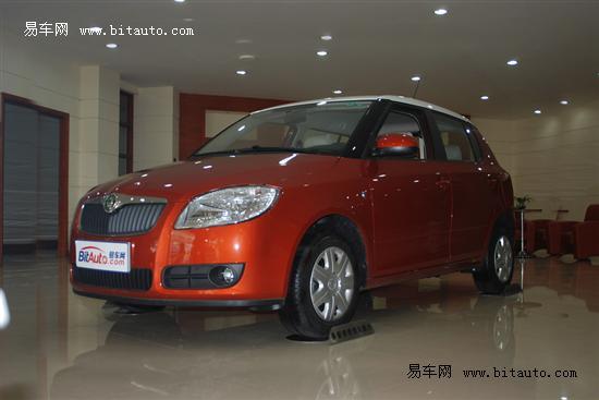 针对性升级 三款2011款小型车对比导购
