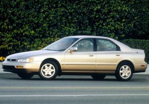 本田阿柯德(进口)正侧(车头向左)图片