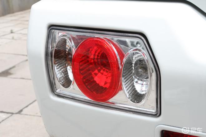 【北斗星 1.4L系列 CH7140 豪华尾灯图片】-易车网BitAuto.com高清图片