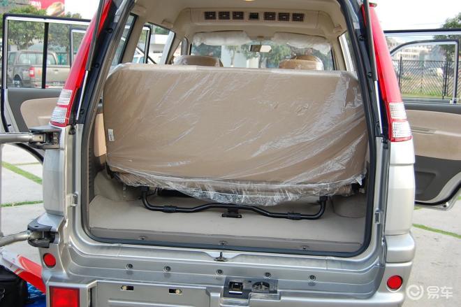 富利卡富利卡行李箱空间(第3排打开)