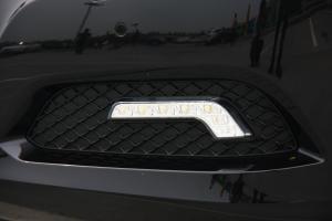 奔驰E级(进口)雾灯图片