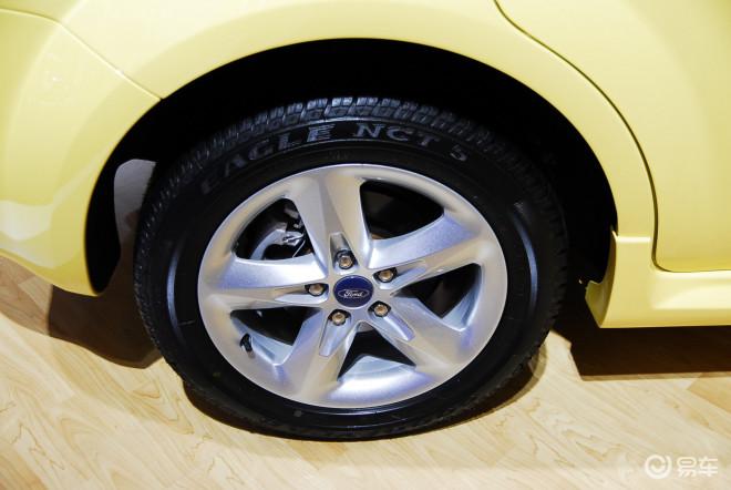 福特跑车桌面壁纸高清全屏