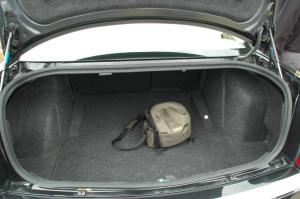 克莱斯勒300C 行李箱空间