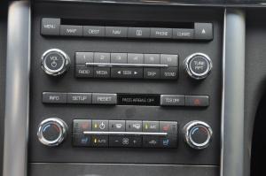 进口林肯MKS 中控台音响控制键