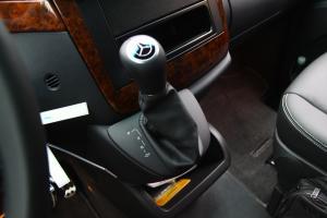 唯雅诺2011款 3.5L 时尚型 5速手自一体 6座