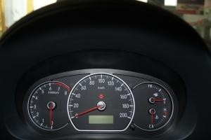 天语SX4三厢仪表 图片