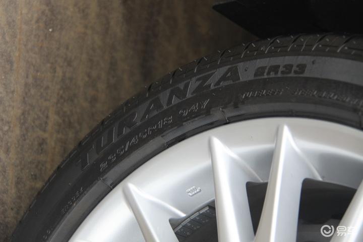 【雷克萨斯GS(进口) 250 领先版轮胎规格图片】-易车网BitAuto.com高清图片
