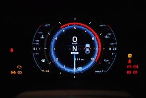 雷克萨斯LF-A仪表盘背光显示图片