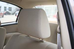 天语SX4尚悦驾驶员头枕图片