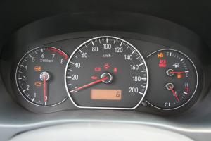 天语SX4尚悦仪表盘背光显示图片