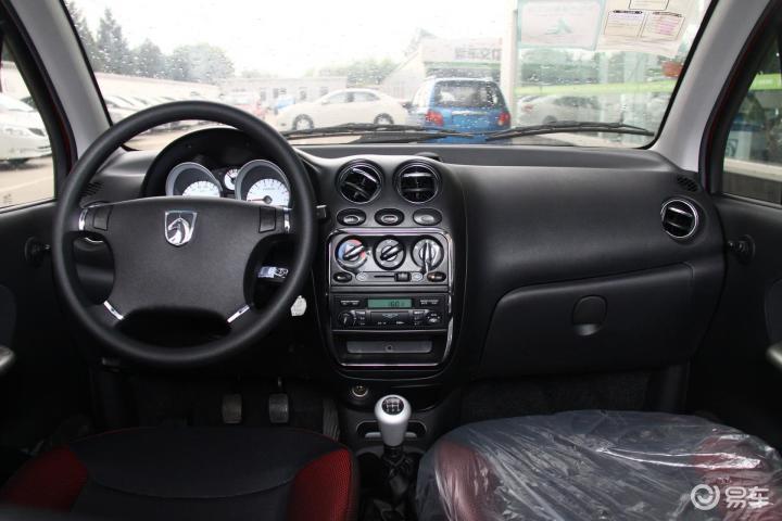 乐驰 2012款1.2l 手动 活力型完整内饰 中间位高清图片