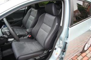 音赛特驾驶员座椅图片