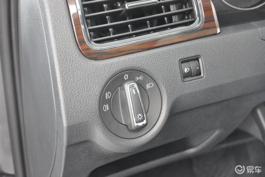 桑塔纳 2013款1.6l 自动 豪华版大灯 开关 汽车 桑塔纳