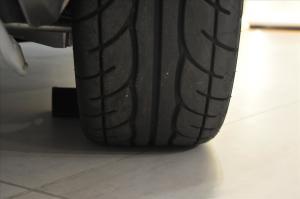 Elise轮胎花纹