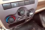 东风小康V26中控台空调控制键图片