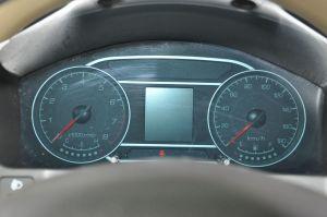 众泰T200仪表盘图片