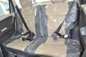 众泰T200后排座椅图片