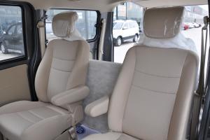佳宝V80后排座椅图片