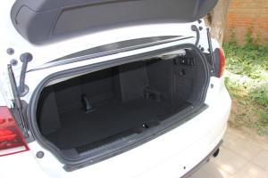 Golf运动型敞篷轿车          2013款GTI敞篷版空间-白色