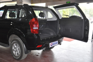 北京BW007 行李厢开口范围
