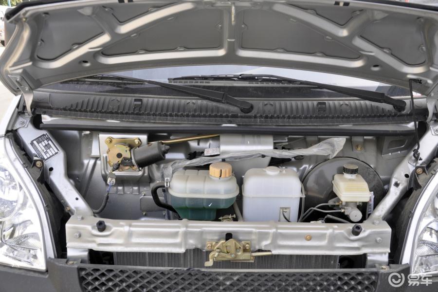 五菱 荣光2012 款 小卡 1029SB 双排发动机 汽