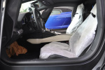 Aventador前排空间图片