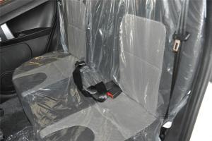 吉利GX2后排座椅图片
