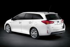 2013款丰田Auris旅行运动版