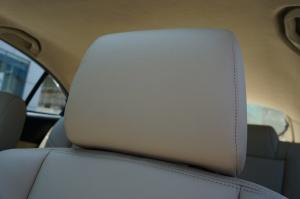 福美来VS驾驶员头枕图片