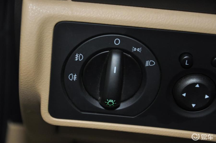 捷达车灯光使用图解 汽车灯光开关图解 灯光工程高清图片
