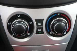 长城C20R 中控台空调控制键