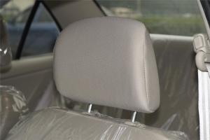 V3菱悦驾驶员头枕图片