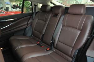宝马5系GT后排座椅图片