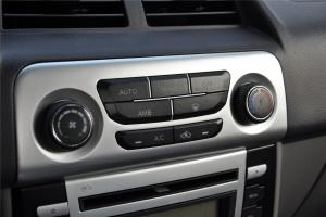 众泰T200 中控台空调控制键