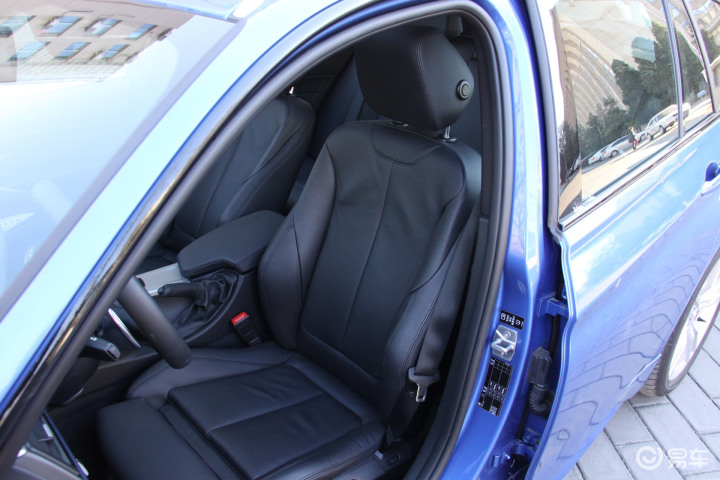 宝马3系旅行轿车驾驶员座椅(555389);