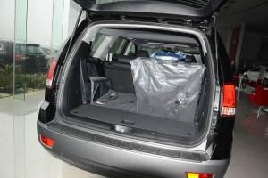 进口起亚霸锐 行李箱空间
