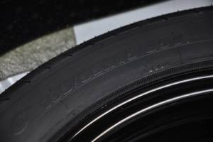 利亚纳A6三厢              备胎品牌