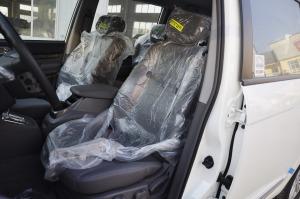 路帝驾驶员座椅图片