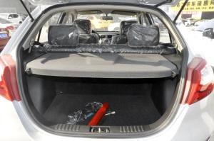 夏利N7行李箱空间图片