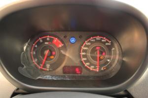 MG 3 仪表盘背光显示