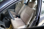 利亚纳两厢驾驶员座椅图片