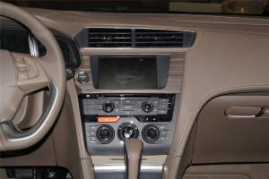 DS 5LS中控台正面图片