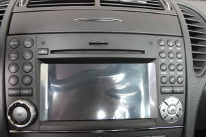 SLK AMG中控台音响控制键图片