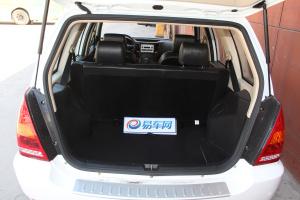野马F12 行李箱空间