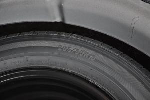 路盛E70 备胎规格
