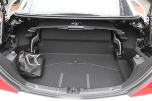 奔驰SLK级行李箱空间图片