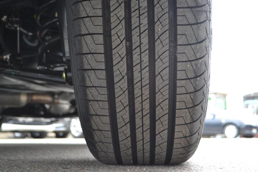 尊尚型轮胎花纹汽车图片-】