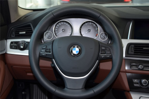宝马5系旅行轿车(进口)方向盘图片