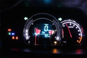 长城M4仪表盘背光显示图片